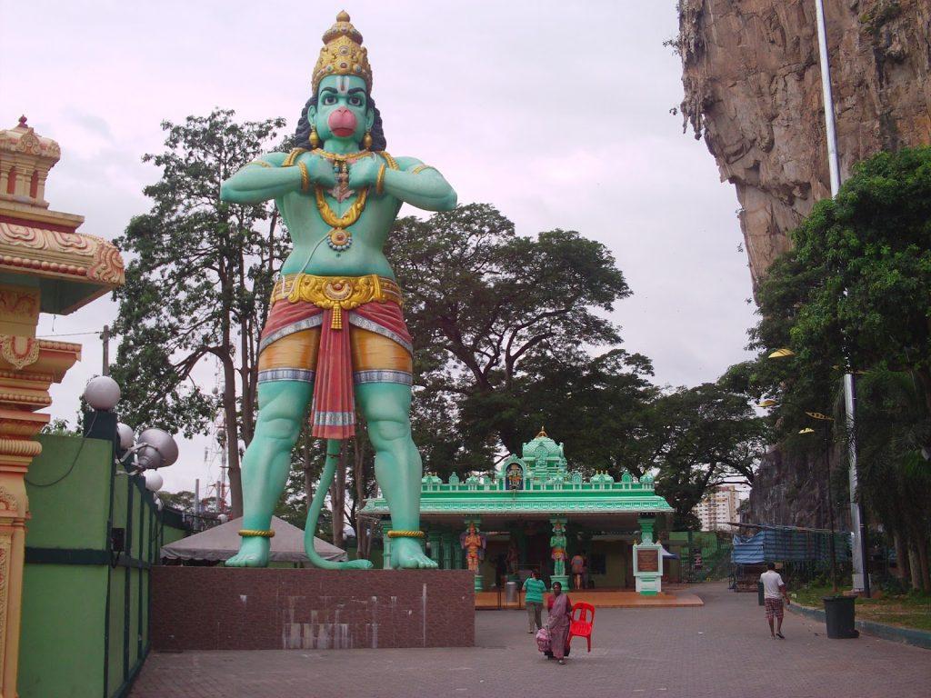 Estátua de Hanuman. Fonte: malaysiahanuman.com