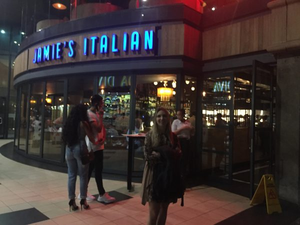 Entrada do Jamie Oliver, no Melrose Arch
