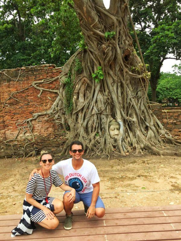 Cabeça do Buda na Árvore