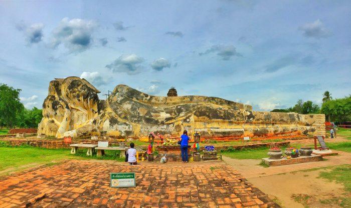 Buda reclinado em Ayutthaya