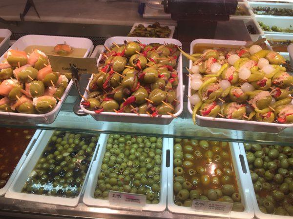 Várias opções de Banderillas no Mercado de San Miguel