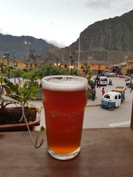 Vista da cervejaria Porfi's em Ollantaytambo