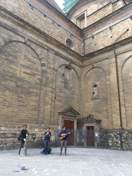Artistas na rua de Florença