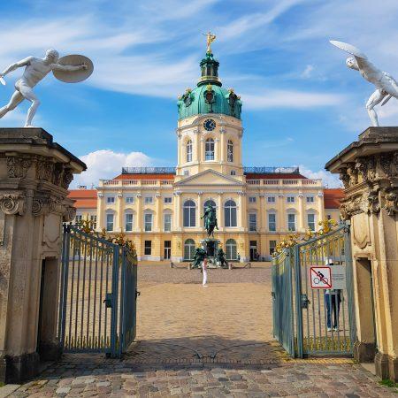 Portões do Palácio de Charlottenburg, em Berlim
