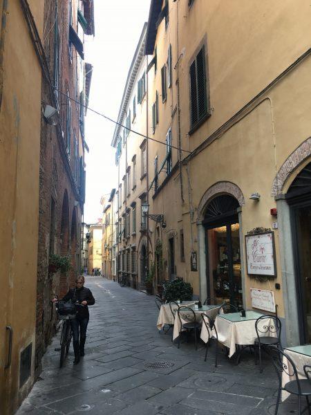 Ruelas de Lucca, na Toscana