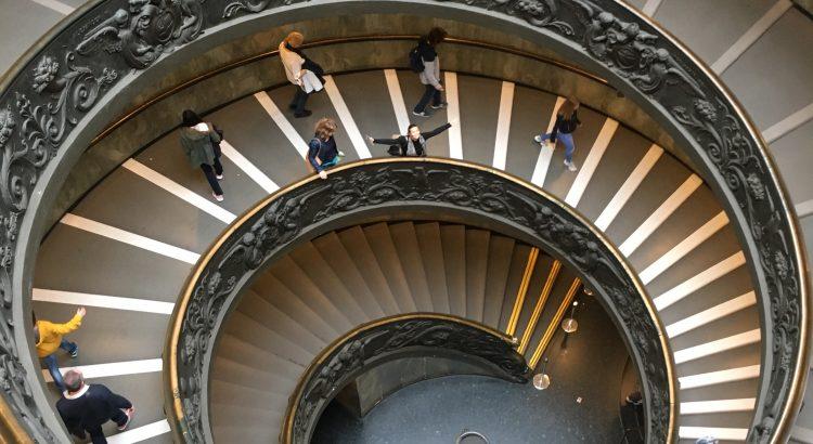 Escada_Museu_Vaticano