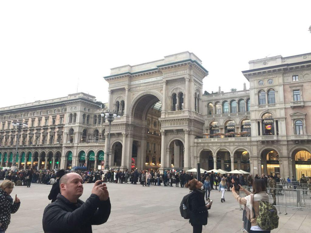 Vista da frente da Galeria Victorio Emanuelle
