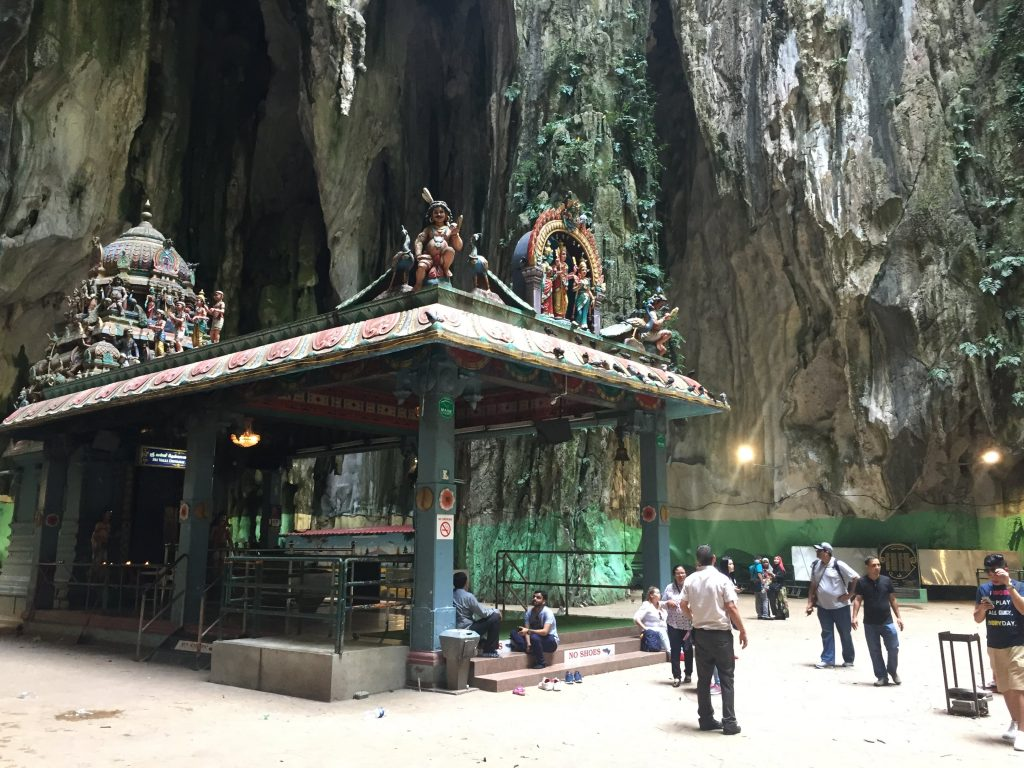 Interior da Batu Caves