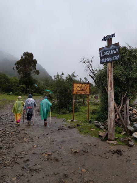 Caminhada em direção à Laguna Humantay