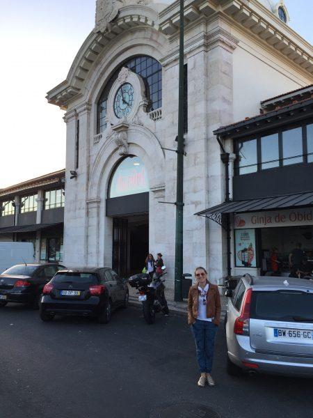 Entrada do Mercado da Ribeira, em Lisboa
