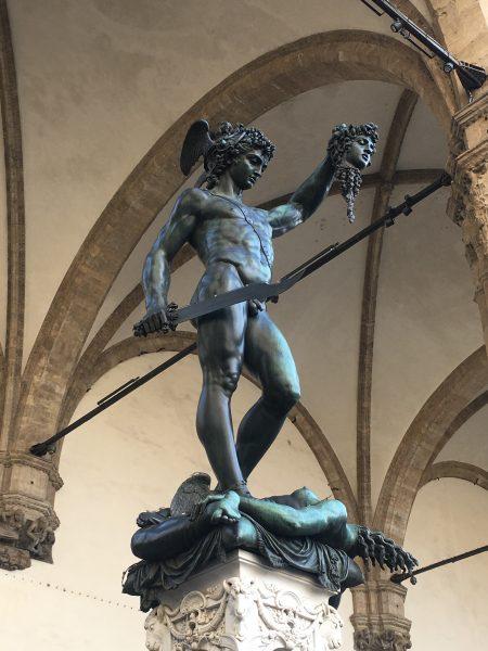 Estátua de Perseu com a Cabeça de Medusa, na Loggia dei Lanzi