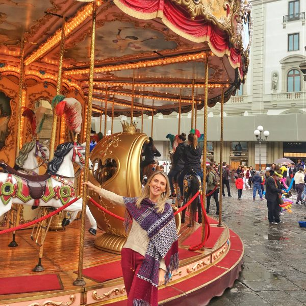 Carrossel na Piazza de la Republica