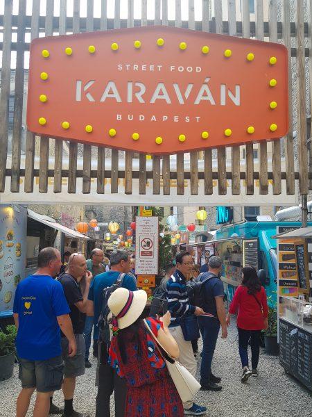 Karavan, em Budapeste
